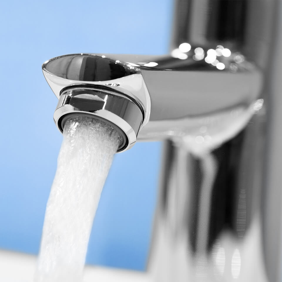 Aérateur économique d'eau AF Bath 25 l/min - Filetage M28x1 mâle